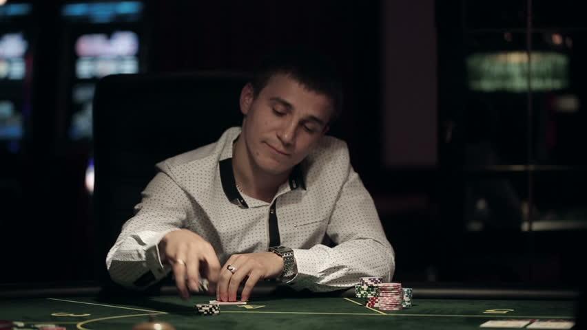 Miten saada rahaa kuningas pokeri 2014