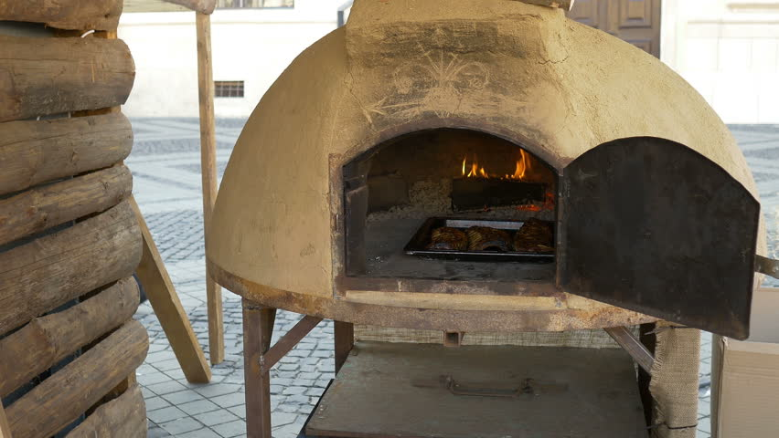 how to tell the difference between conventional and convection oven