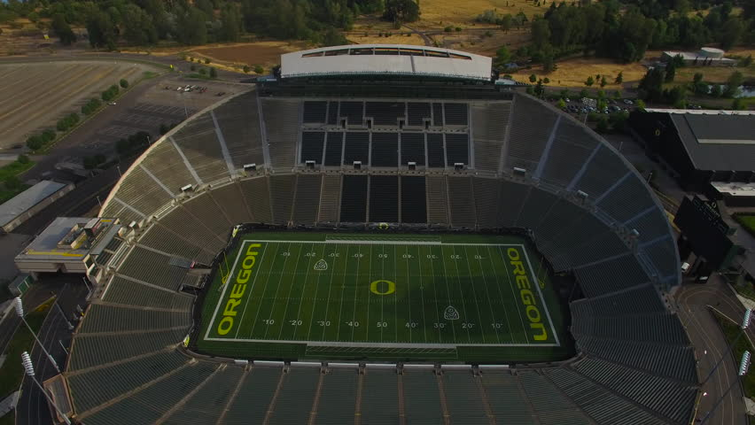 a report on matthew knight arena an eco friendly stadium Environmentally friendly matthew knight arena a state-of-the-art athletic and events the decision to build the new 68,500-seat levi's ® stadium.