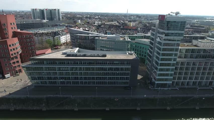 aerial flight luftaufnahmen skyline including famous modern buildings moderne huser im medienhafen dsseldorf seitlicher - Modernehuser Innen