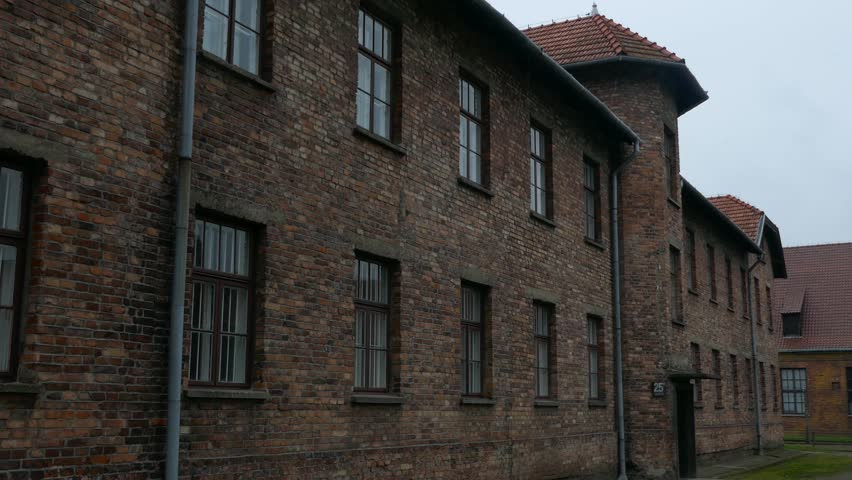 description of auschwitz poland Auschwitz-birkenau memorial and museum the first deportation of polish captives to camp auschwitz  unesco-description article on visiting auschwitz.