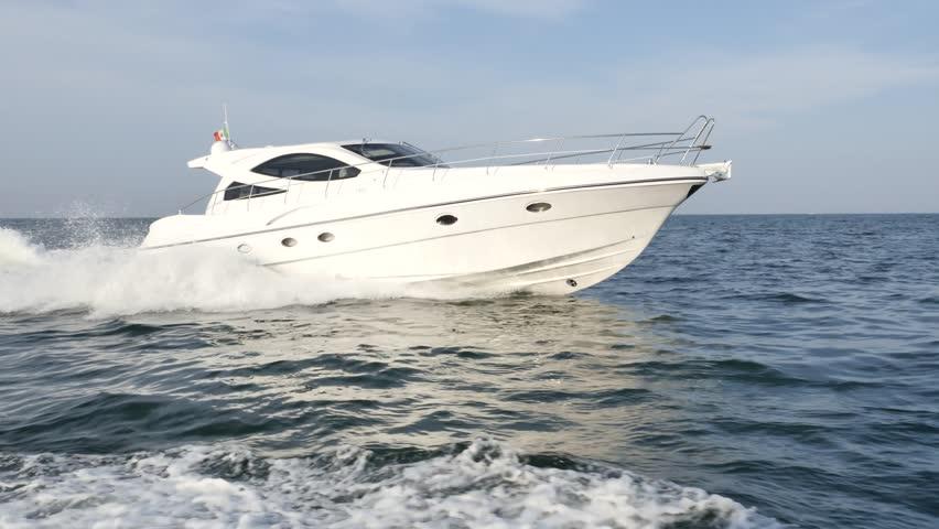Luxury motor yacht rio yachts best italian yacht motor Best motor boats