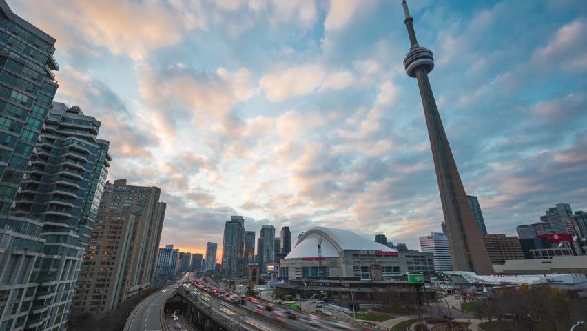 Gardiner Expressway : Toronto on canada the gardiner expressway k time lapse