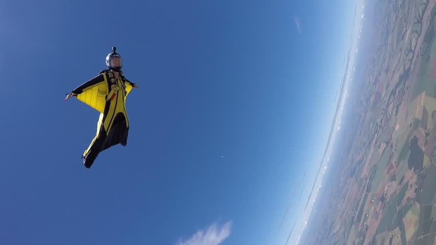 Header of acrobatic