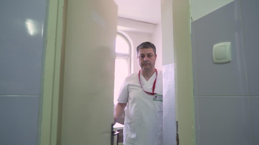 Revolving Door Emergency Room