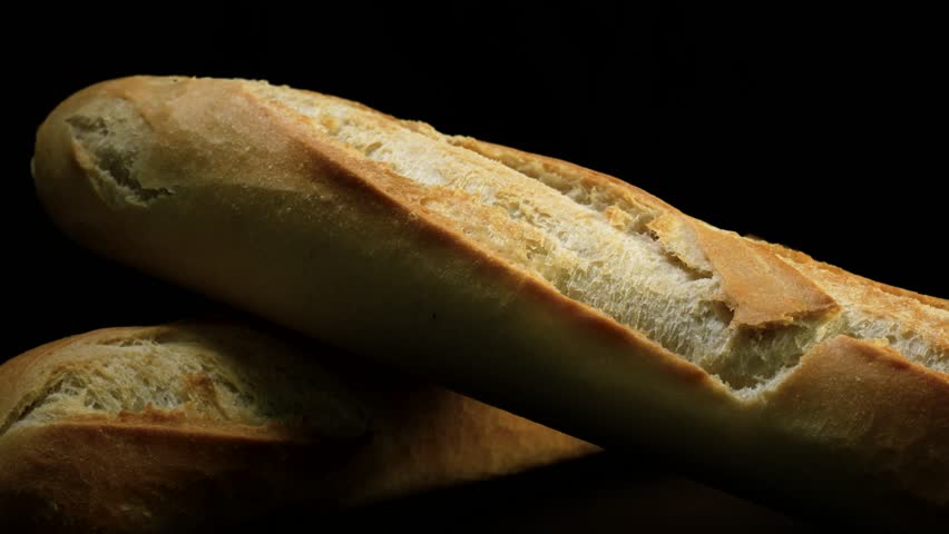 fresh baked bread Your homeland bakery when they're looking for a gourmet bakery, oklahoma customers need look no further than their local homeland the smell of fresh-baked bread wafts through your homeland store several times a day as our master bakers prepare fresh french loaves, sandwich breads, focaccia and other fresh-baked goods.