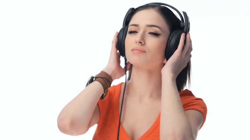 listen to music Listen to music with friends free music streaming app.