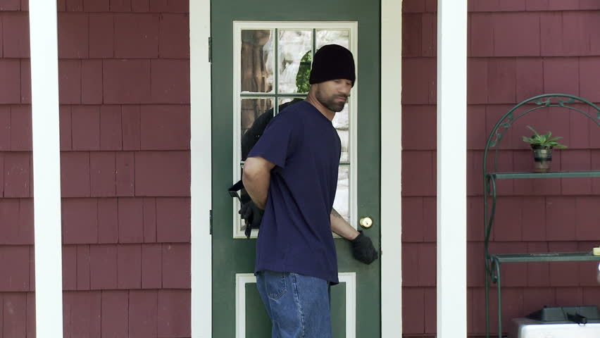 Burglar makes his way up to a house door finds it unlocked and makes his & Burglar Makes His Way Up To A House Door Looks Around Finds The ... Pezcame.Com
