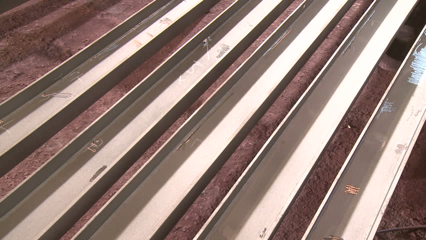Painting steel elements in factory