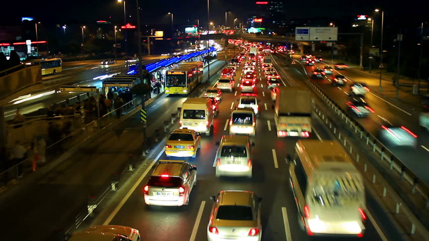 E5 Road a traffic nightmare. Timelapse. Istanbul has the second worst congestion