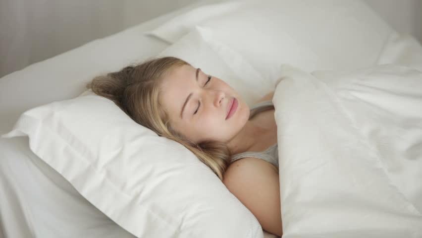 teen masturbates in her sleep