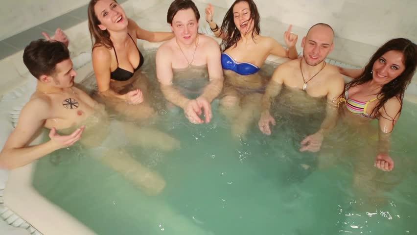 Девочки в бане с парнями фото 175-673