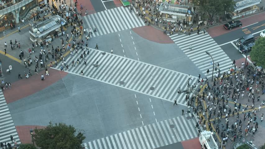 Time-lapse Shibuya cross-walk...