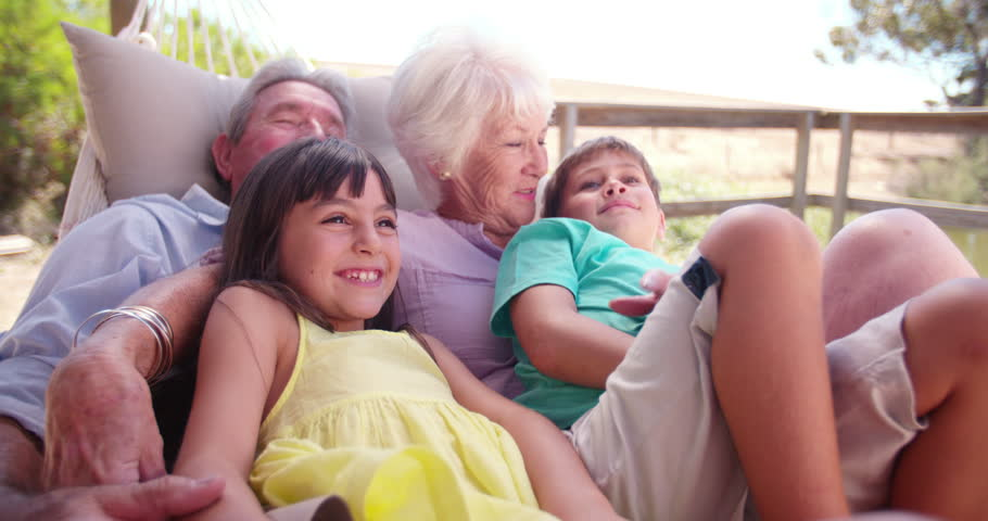 a memorable holiday spend with your grandparents 500 words essay on grandparents many children have to stay away from grandchildren and can't spend everyday letter to one of your grandparents.