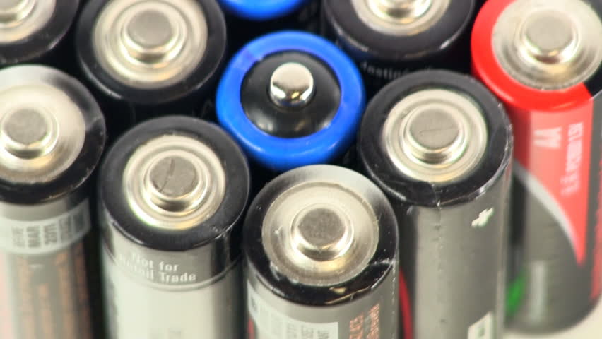 Panning across multiple batteries stacked together